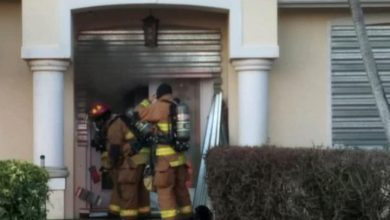 Photo of Fire forces Port St. Lucie residents out of home
