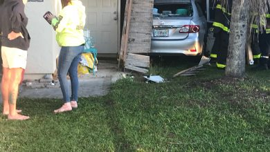 Photo of Crash sends car into Port St. Lucie home